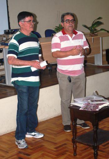 Italo Gurgel e o presidente da ACEO, Thomaz Sidrim, que falou do autor e da Cartilha.